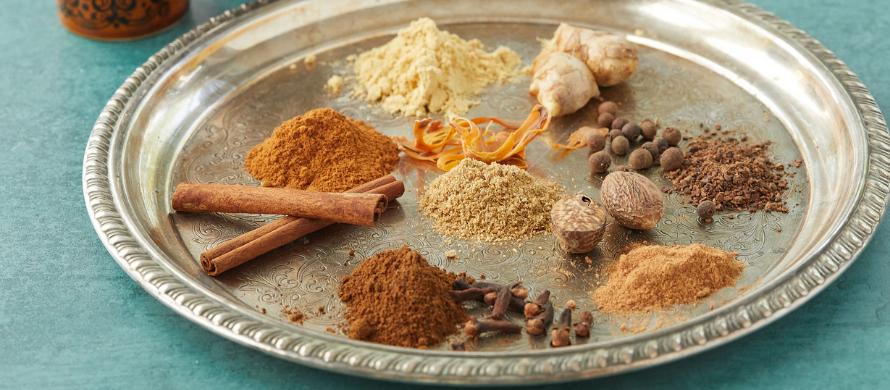 مقدار مورد نیاز مواد اولیه مورد برای تهیه ادویه عمانی